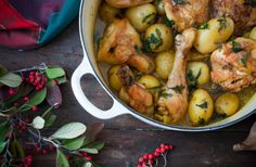 Fricasse de pollo Cocotte Le Creuset, Chicken Wings, Crockpot, Slow Cooker, Sandwiches, Meat, Vegetables, Cooking, Recipes