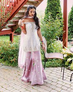 pink and white colours Pakistani wear Pakistani Wedding Outfits, Pakistani Dresses, Indian Dresses, Indian Outfits, Punjabi Fashion, Ethnic Fashion, Asian Fashion, Pakistani Couture, Indian Attire