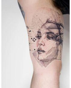 Tattoo by Mowgli based in London #mowgli #tattoo #foccz