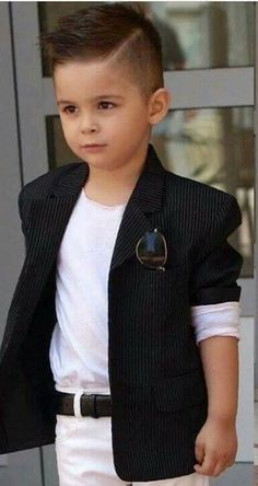Ideas to dress your little one in fashion - Kids Hairstyles - Young Boy Haircuts, Trendy Boys Haircuts, Kids Hairstyles Boys, Boy Haircuts Short, Little Boy Hairstyles, Toddler Boy Haircuts, Haircuts For Men, Kids Cuts, Kids Fashion Boy
