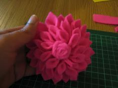 All things random and beautiful!: Of felt and flowers
