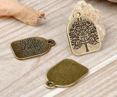 Ciondoli ad albero - Charms 10pcs Bronze Tree - 32 × 22 millimetri - un prodotto unico di tomjin777 su DaWanda
