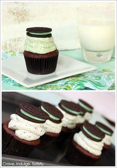 Chocolate Mint Oreo Cupcakes!