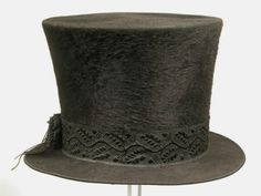 1840s Mourning Hat   Snowshill Manor © National Trust / Richard Blakey