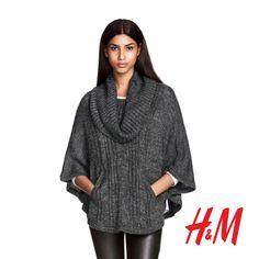 Dni stają się coraz chłodniejsze… Na szczęście w najnowszej kolekcji dzianin H&M znajdziesz modne kolory, wygodne kroje i ciepłe tkaniny, które uchronią przed chłodem i zapewnią komfort.