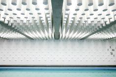 Schwimmhallenumbau in Paris / Noppenlounge