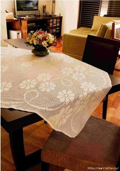 Вяжем скатерти и украшаем подушку крючком. Схемы (9) (467x667, 281Kb)