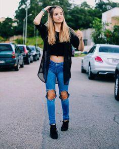 Giovanna Chaves (@giovannachavesoficial) • Fotos e vídeos do Instagram Types Of Girls, Celebrity Look, Tumblr Girls, Fashion Outfits, Womens Fashion, Foto E Video, Youtube, Victoria Secret, Celebs