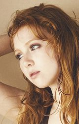 maximaule: Cast of Castle: Molly Quinn