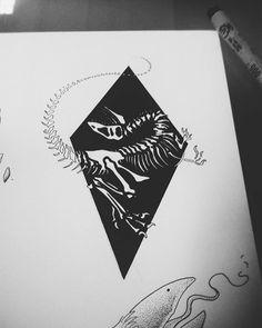 [Dino Art] Velociraptor tattoo design by me Dinosaur Drawing, Dinosaur Art, Tattoos For Guys, Cool Tattoos, Dinosaur Tattoos, Dinosaur Pictures, Skeleton Tattoos, Dinosaur Skeleton, Figure Drawing Reference