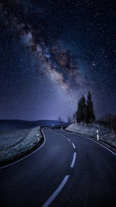 Wallpaper Iphone - Starry Night Road Galaxy Stars iPhone Wallpaper - iPhone Wallpapers - Wallpaper World Wallpaper Space, Scenery Wallpaper, Landscape Wallpaper, Dance Wallpaper, Islamic Wallpaper, Disney Wallpaper, Beautiful Nature Wallpaper, Beautiful Landscapes, Beautiful Sky Pictures