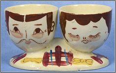 Kitsch /'n/' Fun Humpty Dumpty Céramique Plat Egg Cup et soldats Holder Set