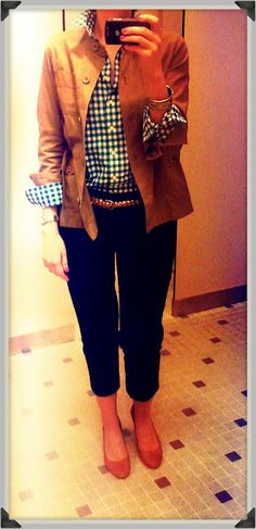 Friday Casual. Replace blazer with tan cardi.