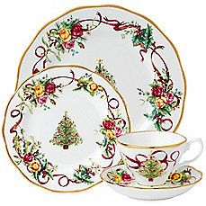 image of Royal Albert Old Country Roses Christmas Tree Collection