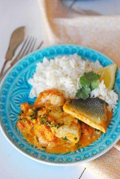 Sabores de colores | Recetas deliciosas para cualquier ocasión.: Curry de lubina y gambas
