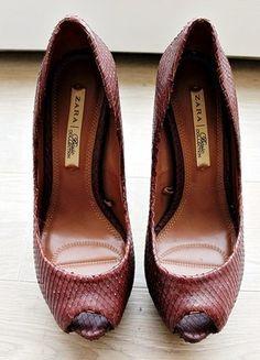 Boots Colt Acne Studios   Acne studios, Chaussures femmes talons et ... bc6efe9d014