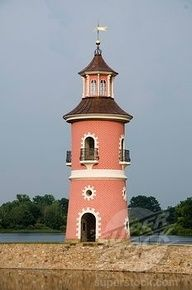 Lighthouse... Very pretty in pink!! ♥♥♥
