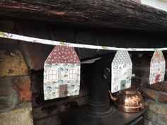 A handmade cottage: Patchwork house bunting