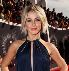 MTV VMA 2014 Best Celebrity Hairstyles: Julianne Hough  #celebrityhairstyles #MTVVMA2014
