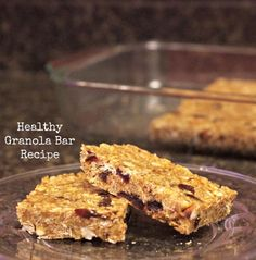 This is the BEST healthy granola bar recipe! It includes oats, nuts, dried fruit, coconut, peanut butter, honey and more. No baking needed!
