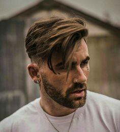 Short Fade Haircut on the Sides and Back with Long Side Swept Hair on Top, Best Haircuts For Men: Cool Men's Hairstyles To Get Right Now - Short, Medium and Long Hair Guys für Männer Medium Top 35 Popular Men's Haircuts + Hairstyles For Men Guide) Popular Mens Haircuts, Cool Hairstyles For Men, Cool Haircuts, Hairstyles Haircuts, Mens Hairstyles Fade, Anime Hairstyles, Casual Hairstyles, Wedding Hairstyles, Black Hairstyles