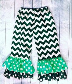 Check out this item in my Etsy shop https://www.etsy.com/listing/467938981/ruffle-leggings-two-pattern-girls