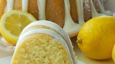Bu kekteki kararında limon aromasına bayılacaksınız. Bu bazı tatlılardaki çok güçlü ağız ekşiten bir limon aroması değil. Çok yumuşak ve nemli. Özel günlerinizde sunmak için mükemmel.