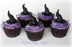 @KatieSheaDesign ♡❤ #CupCakes ❤♡ ♥ ❥ Witch Hat Cupcakes