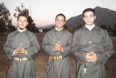 Oratorium Mariańskie Matki Ludu Bożego  Oratorio Mariano Madre del Pueblo de Dios Oratório Mariano Mãe do Povo de Deus  Zgromadzenie złożon...