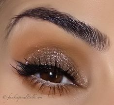 ColourPop Super Shock Shadow So Quiche over a light base layer of Givenchy Ombre Couture Cream Shadow in 9 Brun Cachemire.