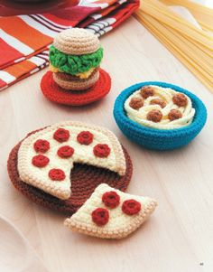 Ice Box Crochet - In the tradition of amigurumi, the Japanese art of miniature crochet creations, Ice Box Crochet presents a tiny vintage refrigerator and lots of faux food items and dishes to fill it! Great for using scrap yarn, these faux foods make fun toys as well as cute home decorations and refrigerator magnets. Make the whole set or just a few favorites! The finished sizes of your projects will vary depending on the yarn used. The Ice Box will be approximately 13 inches tall in fine…