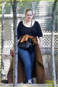 Adele Visits The Zoo During Her Day Off In Toronto Adele Without Makeup Adele Makeup