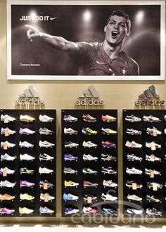 2f025c9d6 Loja Calçados, Loja De Calçado, Loja De Esportes, Lojas Esportivas, Loja De Artigos  Esportivos, Interior De Lojas, Lojas De Sapatos, Fachadas De Lojas, ...