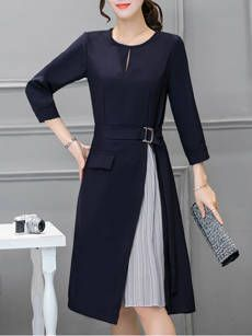 Product Name:Round Neck Keyhole Color Block Skater Type:Color BlockOccasion:Date / OfficeCollar&neckline:Round NeckSleeve:Long SleeveMaterial:Blend / CottonDress Silhouette:Flared Navy Dress, Blue Dresses, Elegant Dresses, Beautiful Dresses, Cheap Skater Dresses, Cheap Dress, Dress Silhouette, Going Out Dresses, Mode Outfits