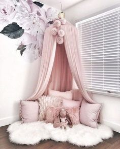 Currently having some mommy + Emmalyn time before heading out to my appointments for the day. Love our story time/cuddle sessions in this… bedroom 23 Sweet Baby Girl Room Ideas which Will make baby sleeping comfortable Dream Rooms, Dream Bedroom, Master Bedroom, Modern Bedroom, Luxury Kids Bedroom, Modern Teen Room, Bedroom Small, Trendy Bedroom, Contemporary Bedroom