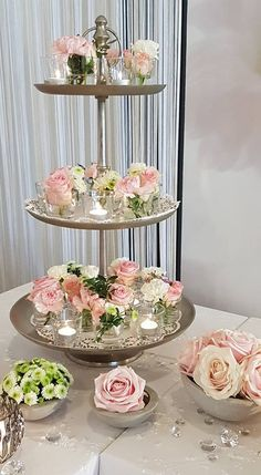Etagere for wedding decoration with lace, pink roses, white hydrangeas and concrete . - wedding dress Etagere for wedding decoration with lace pink roses white hydrangeas and concrete. Tray Decor, Decoration Table, Wedding Cake Stands, Wedding Cakes, Hortensia Rose, Tattoo Dentelle, Wedding Centerpieces, Wedding Decorations, Concrete Bowl