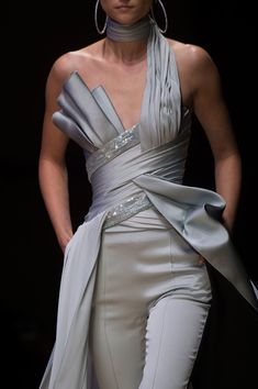 Atelier Versace at Couture Fall 2016 (Details)