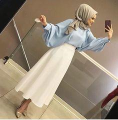Skirt outfits hijab abayas New ideas Skirt outfits hijab abayas New ideas Hijab Outfit, Hijab Style Dress, Modest Fashion Hijab, Modern Hijab Fashion, Hijab Chic, Muslim Fashion, New Hijab Style, Abaya Style, Modest Dresses