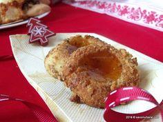 Fursecuri cu nuca si gem fac de ani de zile. Sunt foarte indragite in Ungaria unde se numesc Boszorkánypogácsa (pogacele vrajitoresti). Prima data cand le- French Toast, Muffin, Breakfast, Desserts, Food, Morning Coffee, Tailgate Desserts, Deserts, Essen