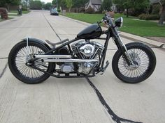 Old Classic Harley-Davidson Motorcycles Harley Panhead, Harley Davidson Knucklehead, Harley Davidson Chopper, Harley Davidson Street, Harley Davidson News, Harley Davidson Motorcycles, Custom Motorcycles, Virago 125 Bobber, Bobber Motorcycle
