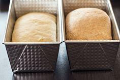 Domácí toastový chleba Bakery, Toast, Cheese, Cooking, Recipes, Food, Breads, Pizza, Kitchen