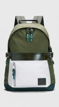 d6fe18a4c08c x Stutterheim Backpack Khaki Green Light Sand