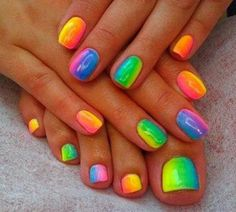 Colorful nail design for summer