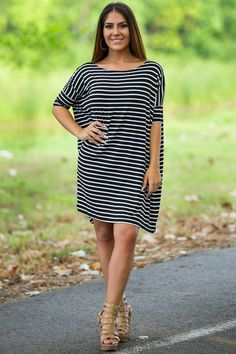 Half Sleeve Piko Tunic - Black/White