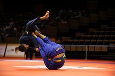 Brazilian Jiu-Jitsu //nice sweep