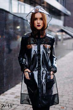 Rain coat Outfit Sporty - Rain coat For Women Raincoat - - - Raincoat Outfit, Raincoat Jacket, Yellow Raincoat, Hooded Raincoat, Clear Raincoat, Vinyl Raincoat, Urban Outfits, Trendy Outfits, Raincoats For Women