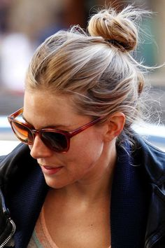 Le Fashion Blog 16 Buns For Any Occasion Hair Inspiration Messy Top Knot Sienna Miller Via Glamour photo Le-Fashion-Blog-16-Buns-For-Any-Occasion-Hair-Inspiration-Sienna-Miller-Via-Glamour.jpg