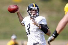 Pittsburgh Steelers quarterback Landry Jones participates in drills during training camp at Saint Vincent College.