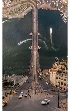 İstanbul'a Inception Kafası Yaşatan Türk Fotoğrafçıdan 12 Baş Döndürücü Çalışma | ListeList.com