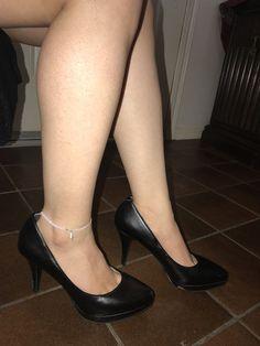 High Heel Pumps, Stilettos, Pumps Heels, Sexy Legs And Heels, Women Legs, Houston Tx, Body Parts, Flat Shoes, Nine West